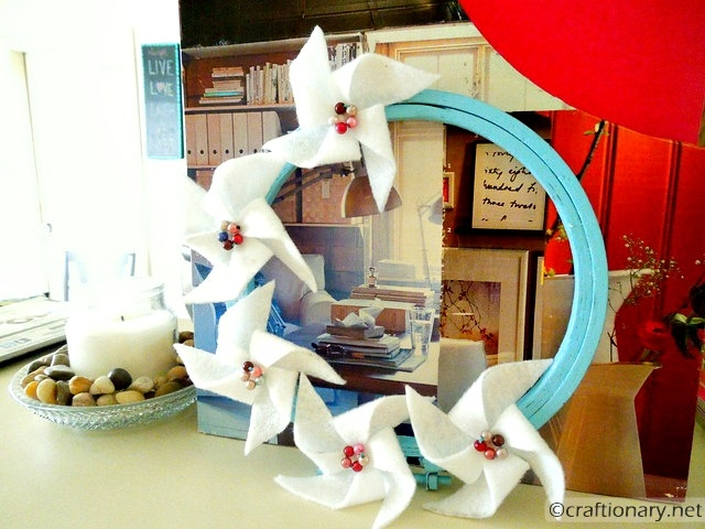 felt pinwheels wreath