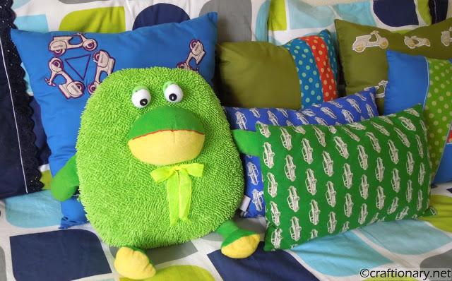 boys bedroom pillows cars themed