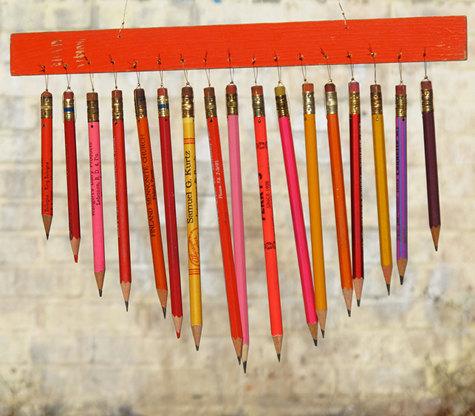 pencil-mobile-wind-chime-diy-tutorials