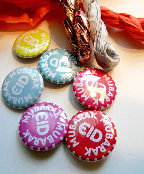 Make these cute Eid buttons. Great for projects at home or even sew ...