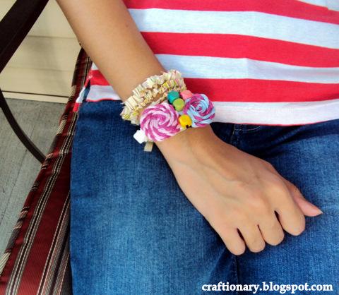 yarn rosettes bracelet