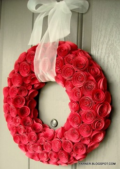 DIY wreath with rosettes