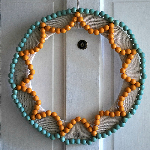 DIY wreath with beads