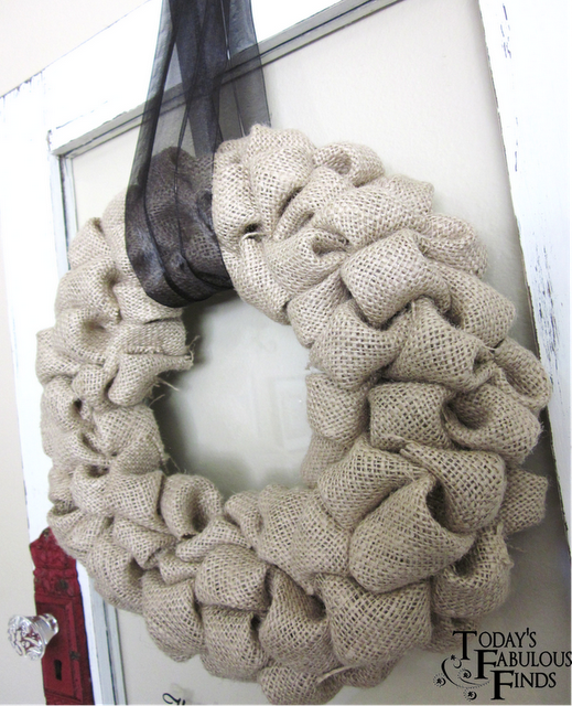 DIY bubble wreath