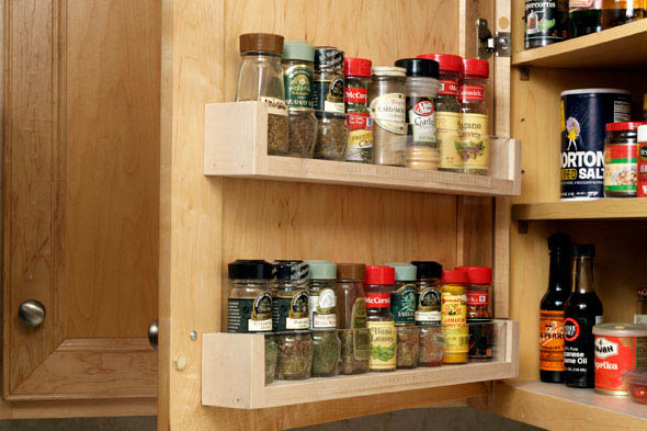 Kitchen cabinet organizers walmart - Make A Diy Spice Rack On The Cabinet Door Using Wood