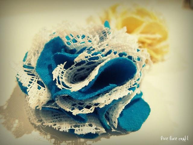 China New Design Fashion Handmade Fabric Flowers Brooch Flower Chiffon Supplier