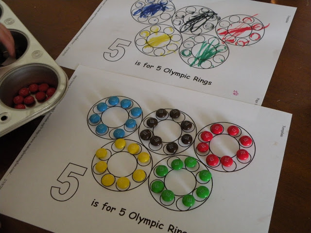 Kids drawing papers olympics